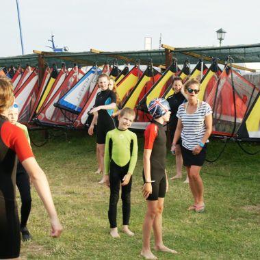 Jot2-szkola-windsurfingu-dabki-10.jpg