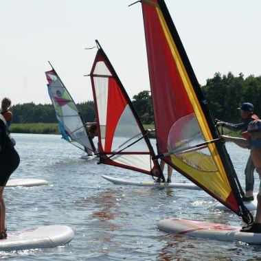 Jot2-szkola-windsurfingu-dabki-12.jpg