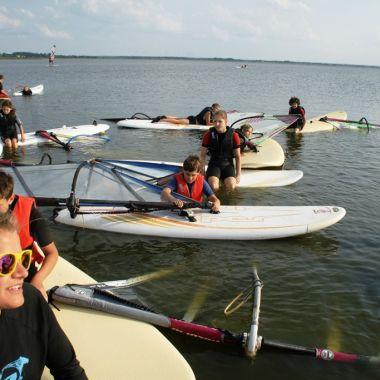 Jot2-szkola-windsurfingu-dabki-25.jpg